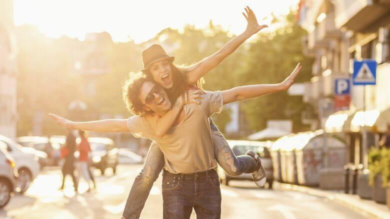 legamenti d'amore con offerta libera